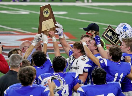 Windthorst celebrates it's 22-21 win over Mart Wednesday, Dec. 16, 2020, in the 2A Division II state championship at AT&T Stadium in Arlington. (Courtesy Photo//Lauren Roberts
